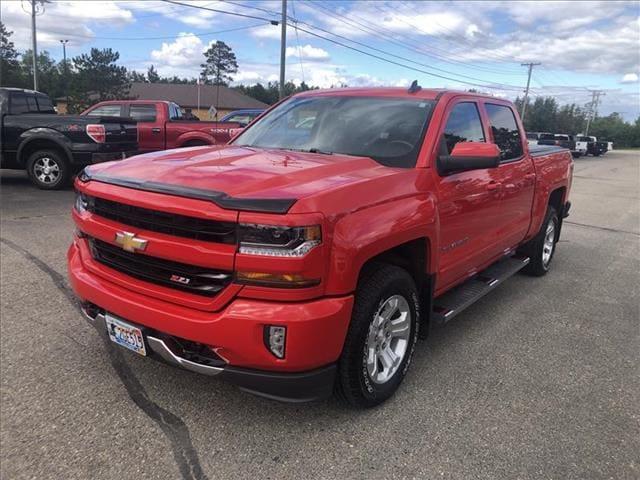 Used 2018 Chevrolet Silverado 1500 LT with VIN 3GCUKRECXJG471122 for sale in Bemidji, Minnesota