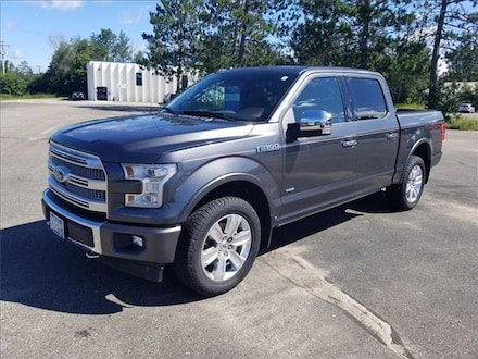 2017 Ford F-150 Platinum 4x4 SuperCrew Cab Styleside 5.5 ft. box 1 Truck