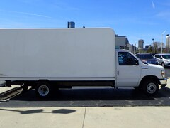 Used 2016 Ford E-Series Chassis E-350 SD E-350 SD  176 in. WB DRW Cutaway Chassis in Howell MI