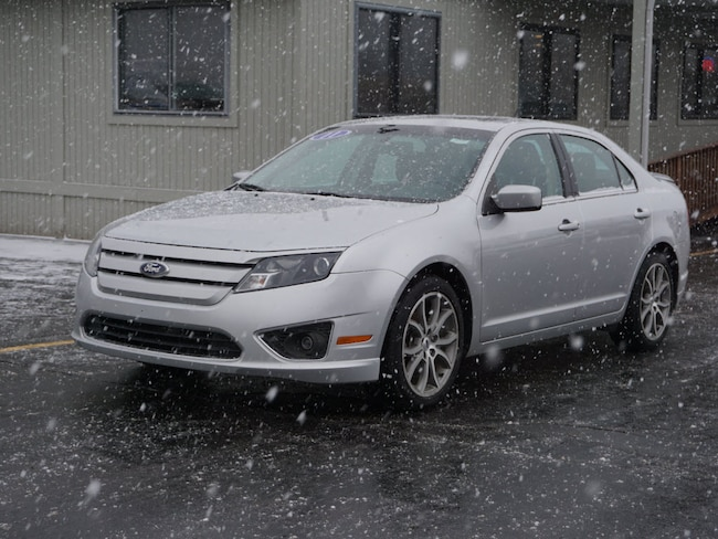 Used 2011 Ford Fusion SE Sedan for sale in Howell, MI