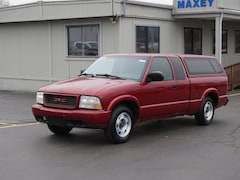 Used 2000 GMC Sonoma Truck Extended Cab in Howell MI