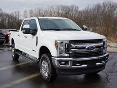 2019 Ford Superduty F-350 XLT Truck for sale in Detroit at Bob Maxey Ford Inc.