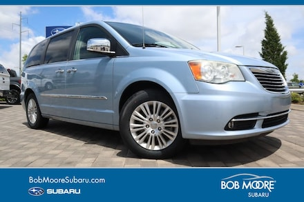 Featured Used 2013 Chrysler Town & Country Limited Minivan/Van for sale in Oklahoma City
