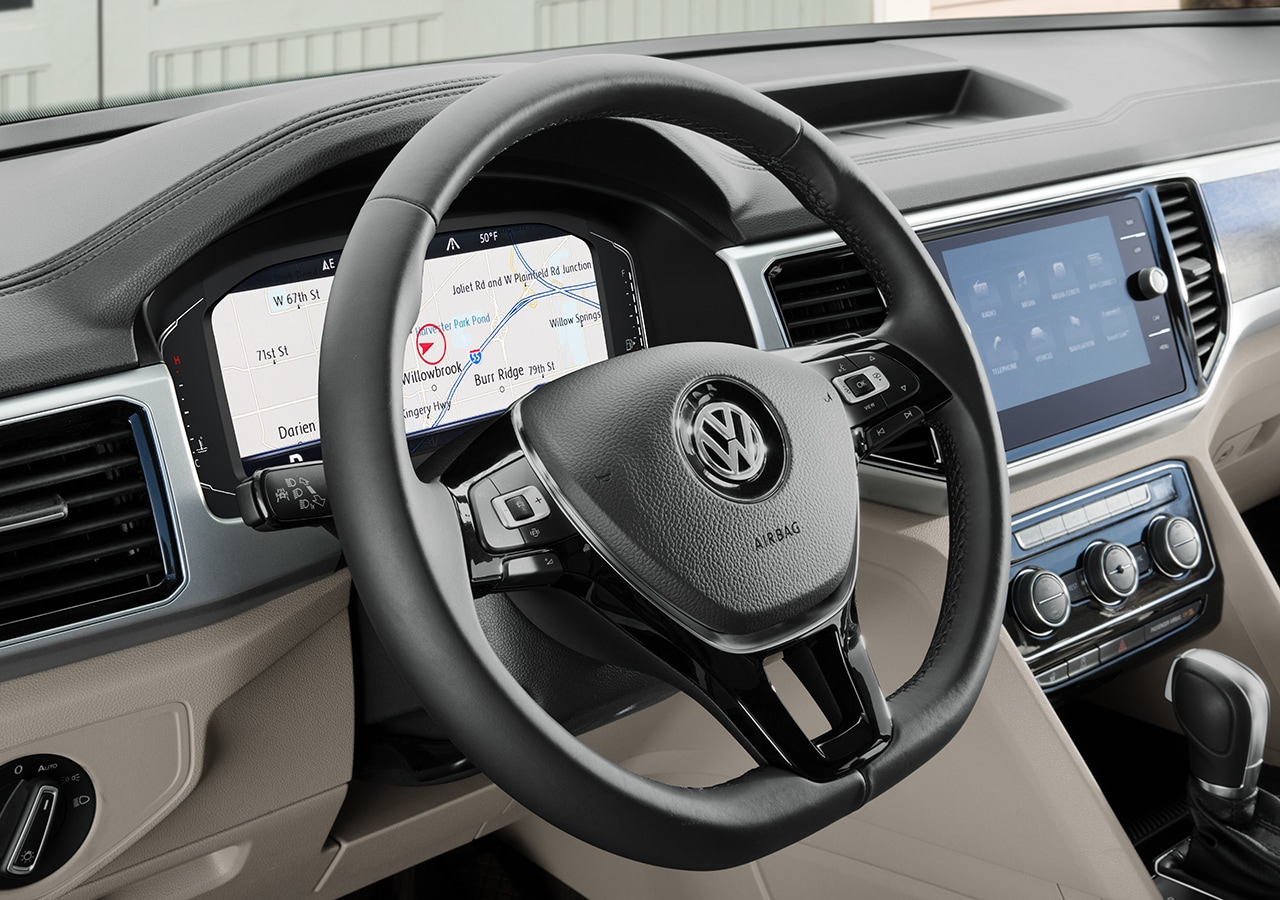 2021 vs. 2020 VW Atlas close up of dashboard