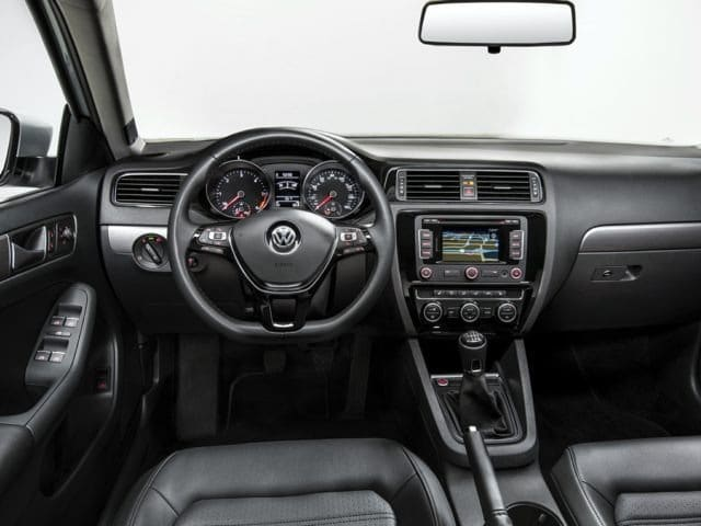 2018 VW Jetta interior