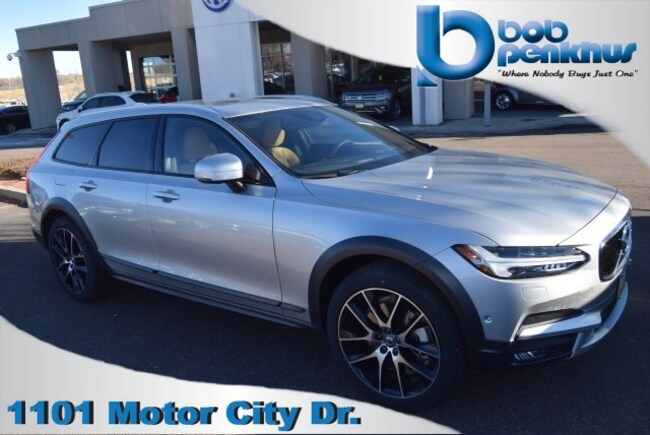 New 2018 Volvo V90 Cross Country T6 AWD Wagon for sale/lease Colorado Springs