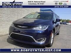 2019 Chrysler Pacifica Touring L Minivan/Van 2C4RC1BG6KR597436 for Sale in Columbus, IN