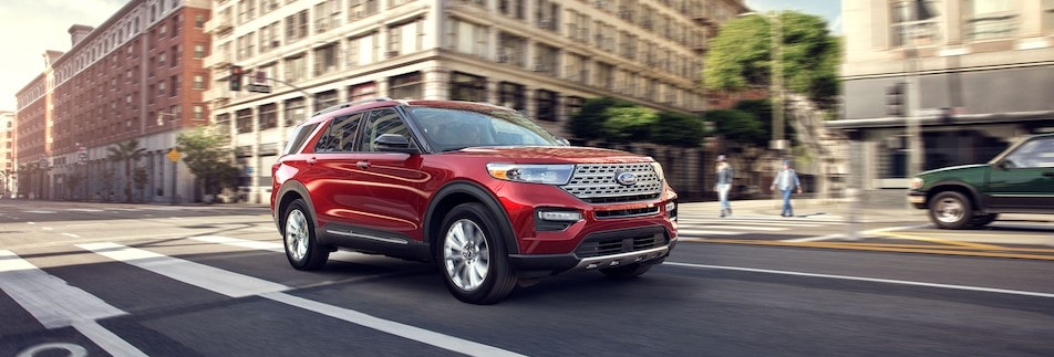 2020 Ford Explorer Driving in Jacksonville, IL