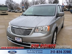 2016 Chrysler Town & Country Touring 3rd Row Van LWB Passenger Van