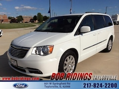 2016 Chrysler Town & Country Touring L 3rd Row Van LWB Passenger Van