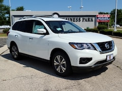 New 2020 Nissan Pathfinder S SUV in Arlington Heights, IL