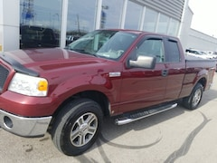 Bargain Used 2006 Ford F-150 XLT Truck 5.4L Gasoline 4WD for Sale in Fort Wayne