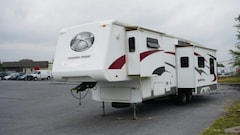 Used 2005 Paradise Pointe Trailer