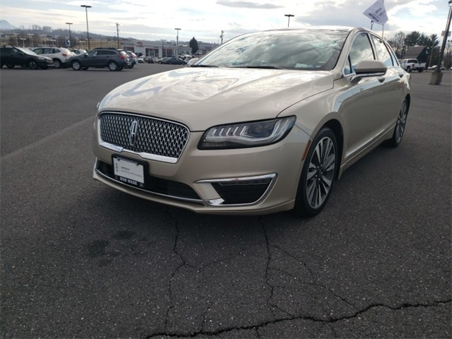 Featured 2017 Lincoln MKZ Reserve Sedan PO7189 for sale in Harrisonburg, VA