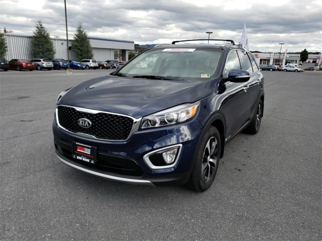 Featured 2018 Kia Sorento EX SUV PO7110 for sale in Harrisonburg, VA