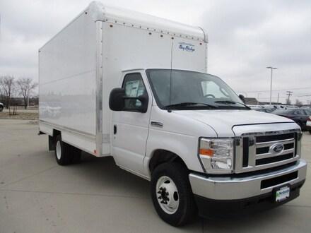 2021 Ford Econo Cutaway Van
