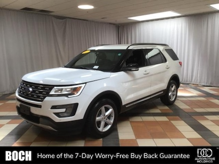 2017 Ford Explorer XLT 4WD SUV