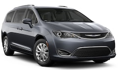New 2019 Chrysler Pacifica TOURING L Passenger Van Brunswick ME