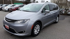 Used 2018 Chrysler Pacifica Touring L Van Brunswick ME