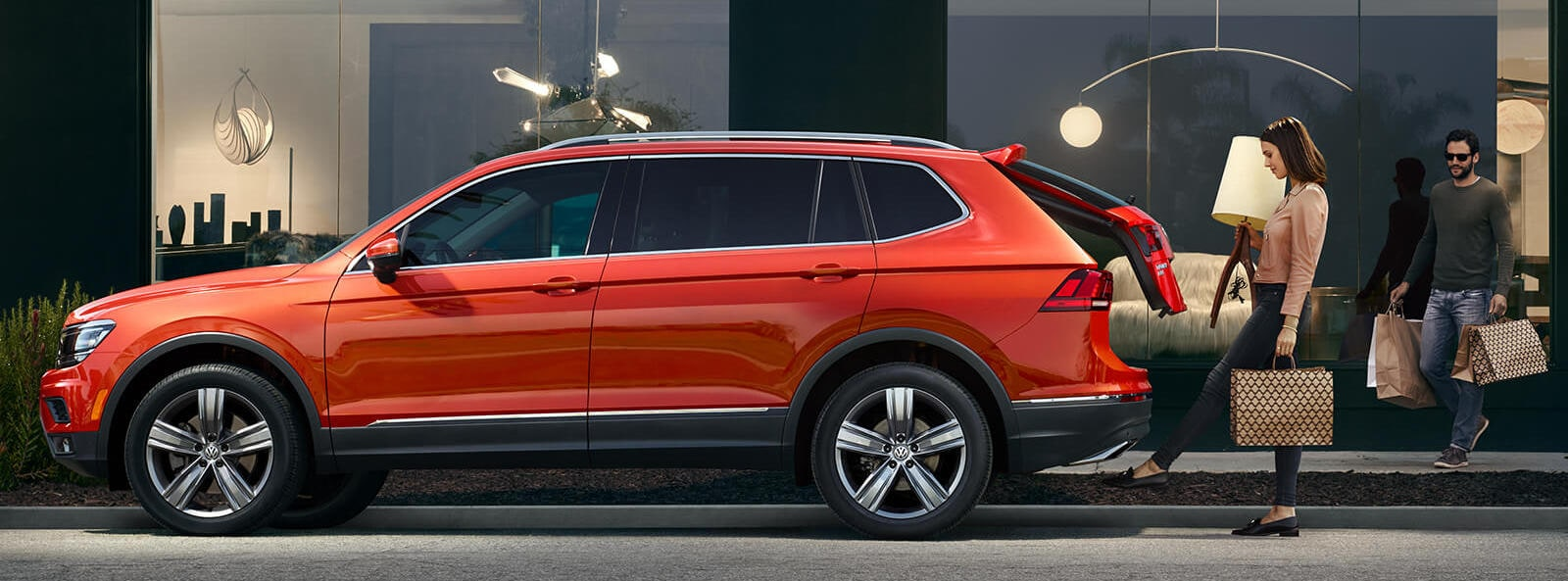 2019 Volkswagen Tiguan SUV vs the competition at our Boise Volkswagen dealership near Nampa