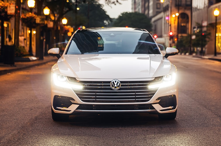 2020 Volkswagen Arteon in Pure White