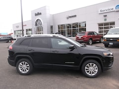 New 2020 Jeep Cherokee LATITUDE 4X4 Sport Utility in Ellington, CT