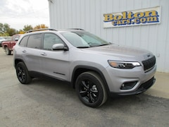 New 2019 Jeep Cherokee ALTITUDE 4X4 Sport Utility 1C4PJMLN3KD320239 for sale or lease in Council Grove, KS