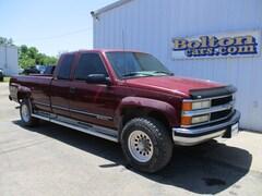 Used 1996 Chevrolet K2500 Cheyenne Fleetside Truck Extended Cab 1GCGK29R7TE180557 for sale in Council Grove, KS