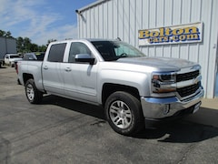 Used 2017 Chevrolet Silverado 1500 LT w/1LT Truck Crew Cab 3GCUKREC7HG324864 for sale in Council Grove, KS