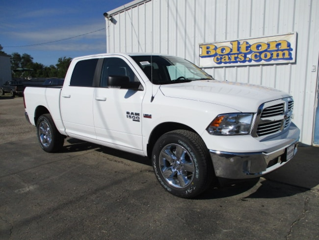 New 2019 Ram 1500 CLASSIC BIG HORN CREW CAB 4X4 5'7 BOX Crew Cab for sale or lease in Council Grove, KS