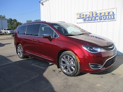 New 2020 Chrysler Pacifica LIMITED Passenger Van 2C4RC1GG8LR250765 for sale or lease in Council Grove, KS