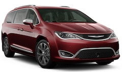 New 2020 Chrysler Pacifica LIMITED Passenger Van for sale or lease in Council Grove, KS