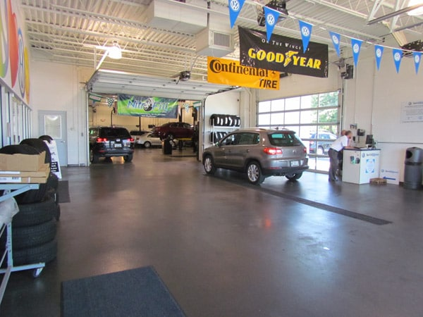Photo of inside the Bommarito VW Hazelwood service center.
