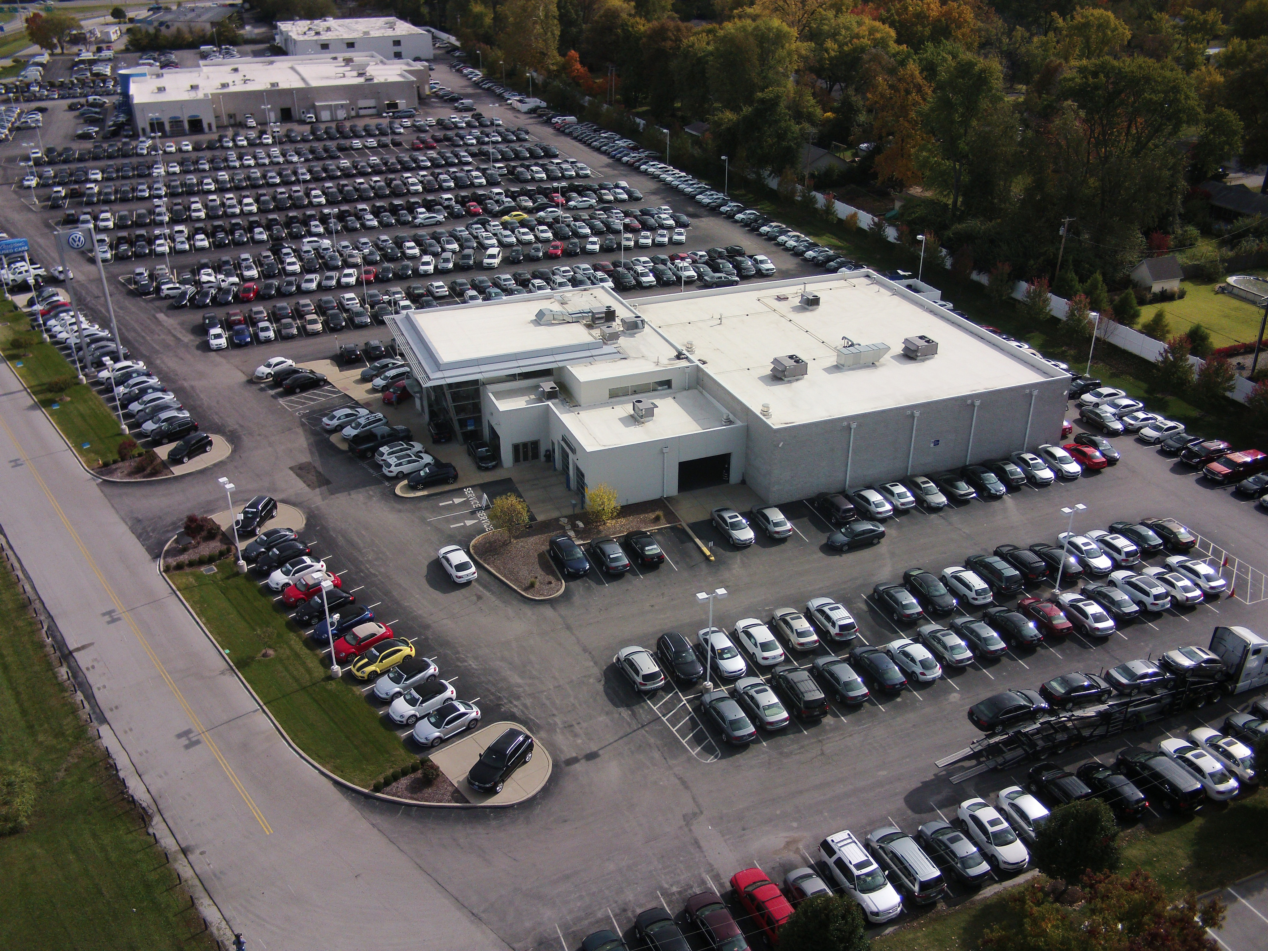 Aerial view of Bommarito Volkswagen of Hazelwood