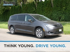 2018 Chrysler Pacifica Hybrid Touring L Minivan/Van for sale at Young Chrysler Jeep Dodge Ram in Morgan, UT