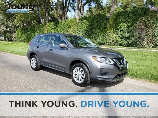 Used 2017 Nissan Rogue For Sale at Young Buick GMC | VIN