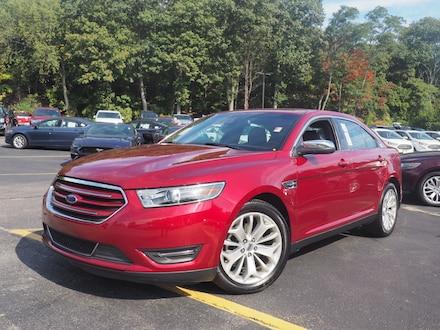 2018 Ford Taurus Limited Limited  Sedan