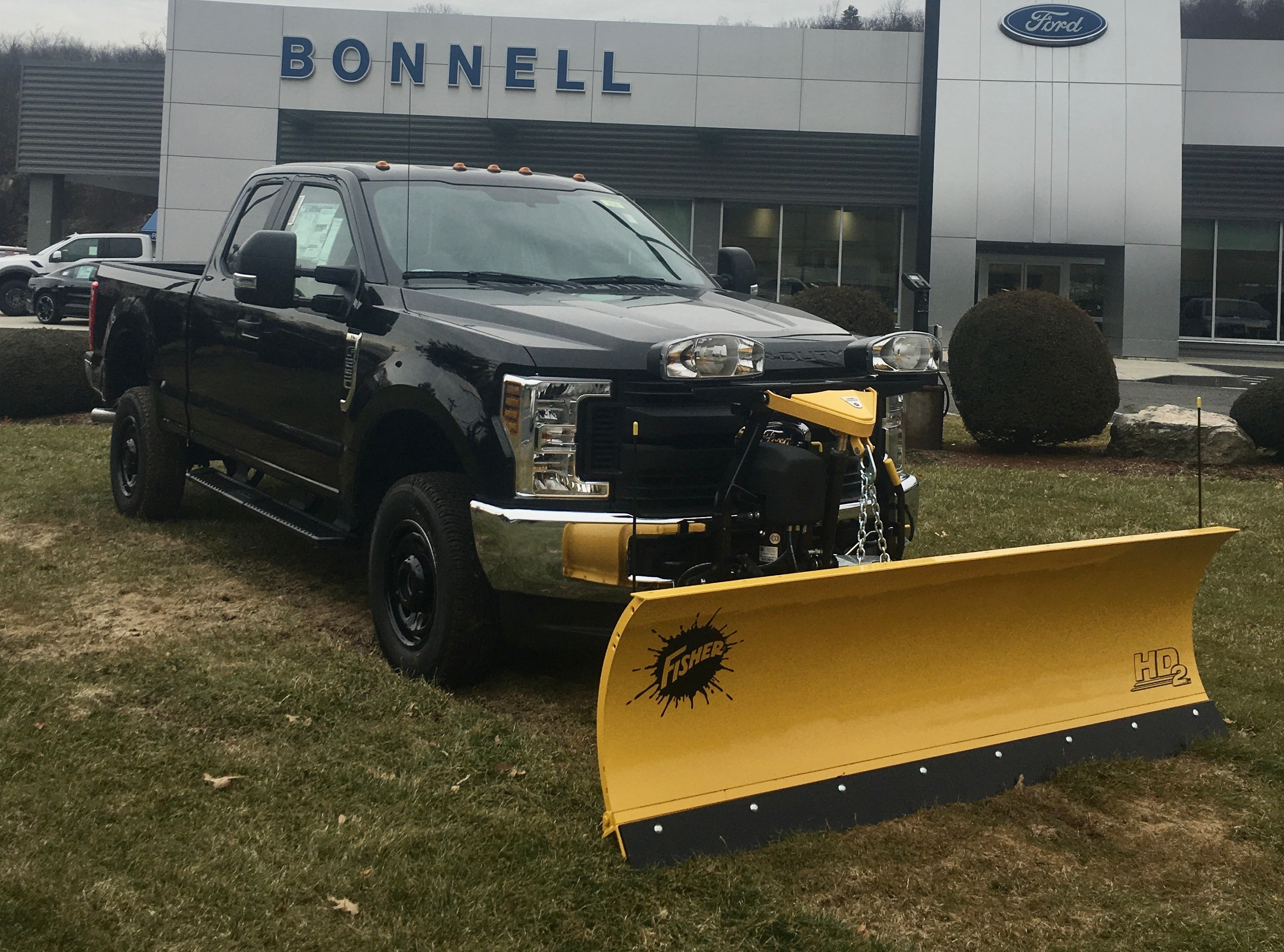 2019 FORD F-250 XL Supercab with 8' Fisher Plow