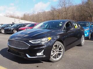 2020 Ford Fusion Hybrid Titanium Titanium  Sedan