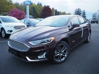 2019 Ford Fusion Hybrid Titanium Titanium  Sedan