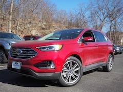 2021 Ford Edge Titanium AWD Titanium  SUV