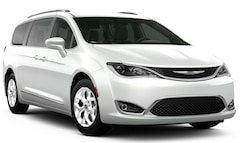 New 2020 Chrysler Pacifica 35TH ANNIVERSARY TOURING L Passenger Van in Manchester, NH
