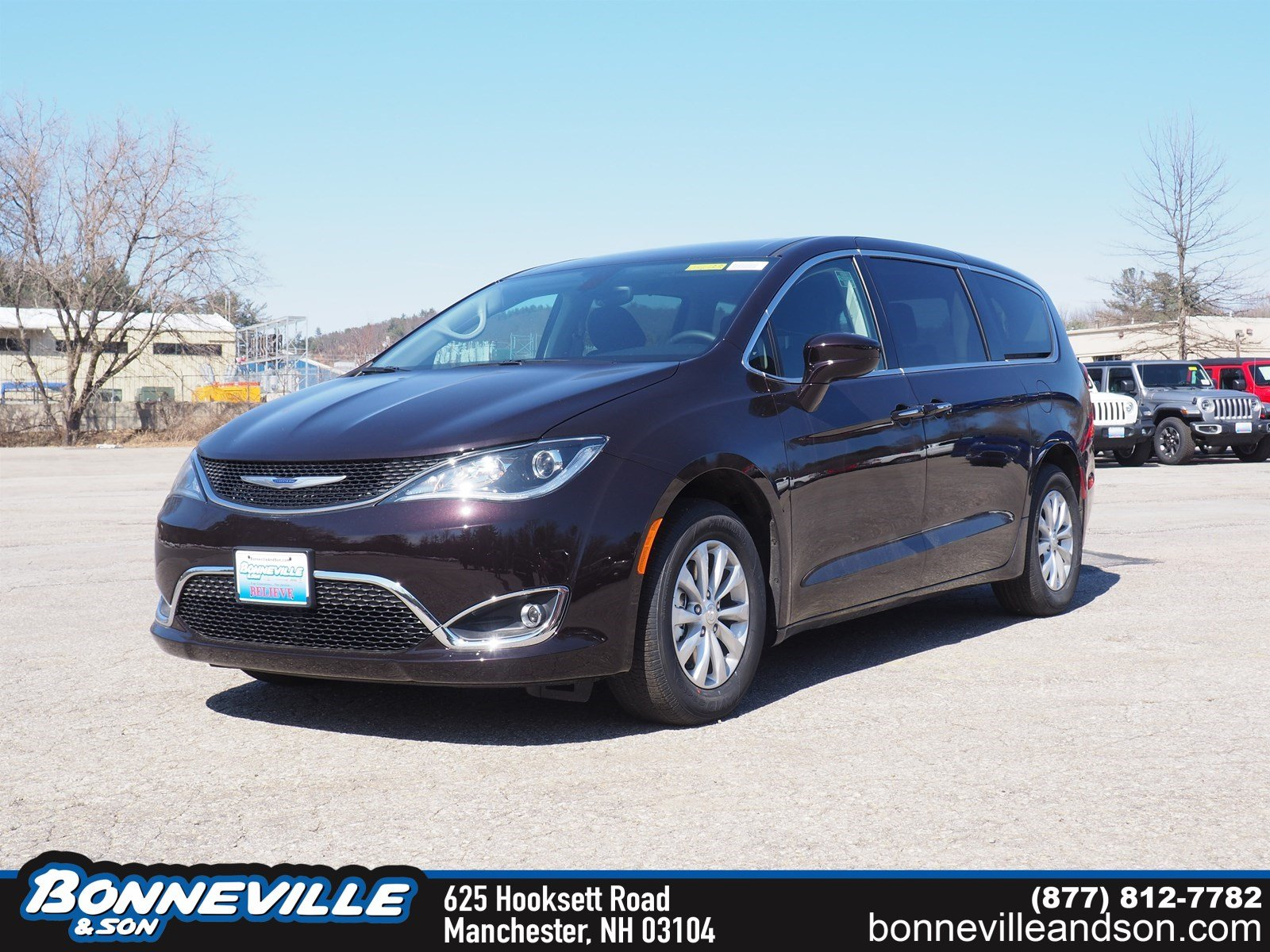 New 2019 Chrysler Pacifica TOURING PLUS Passenger Van in Manchester, NH