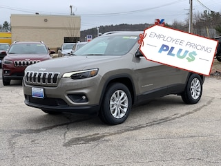 New 2019 Jeep Cherokee LATITUDE 4X4 Sport Utility in Manchester, NH