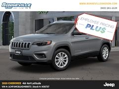 New 2019 Jeep Cherokee LATITUDE 4X4 Sport Utility for sale in Manchester, NH