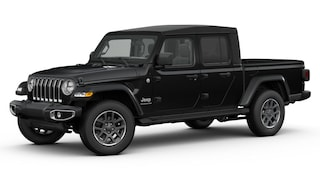 New 2020 Jeep Gladiator OVERLAND 4X4 Crew Cab in Manchester, NH