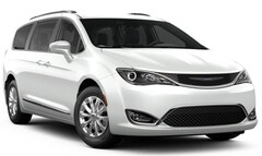 New 2019 Chrysler Pacifica TOURING L Passenger Van for sale in Manchester, NH