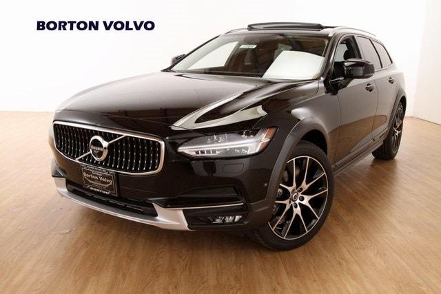 2019 Volvo V90 Cross Country T6 Wagon