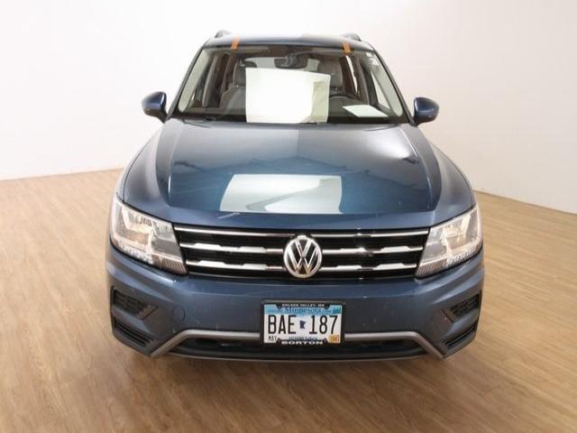 Used 2018 Volkswagen Tiguan SE with VIN 3VV2B7AX9JM164497 for sale in Golden Valley, Minnesota