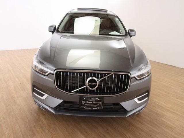 Used 2020 Volvo XC60 Inscription with VIN YV4102RLXL1550556 for sale in Golden Valley, Minnesota